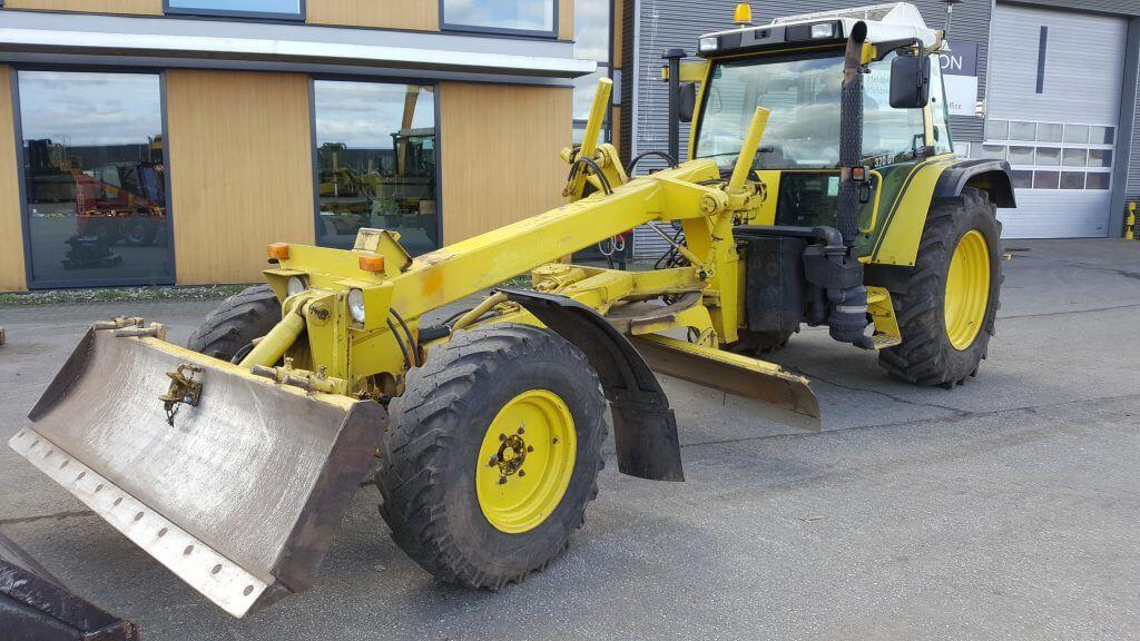 motorgrader Fendt 370GT sn 148011223 - Frisch F65C sn 1400107
